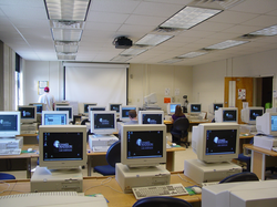 Computer laboratory                                , Moody Hall, James Madison University, 2003