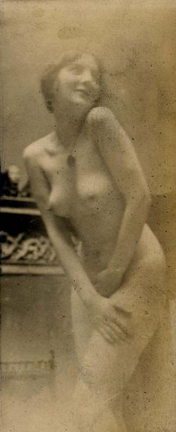 Art school model c. 1912