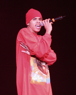 Brown performing at KISS 106.1 Seattle Jingle Bell Bash 8, December 4, 2005