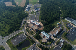 Beacon Hall, Hylton Performing Arts Center, the EDGE, Life Sciences Laboratory, Discovery Hall, Occoquan Building, Freedom Aquatic and Fitness Center, Bull Run Hall, Biomedical Research Laboratory                                                   [9]