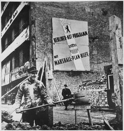 Builders in West Berlin, 1952