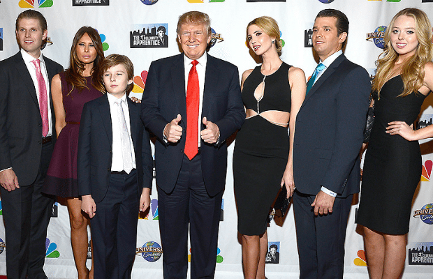 Donald Trump with his wife Melania and his 5 children.