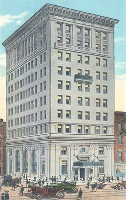 """Amoskeag Bank in 1913: At 10 stories, it was Manchester's """"skyscraper"""" for over a half-century."""