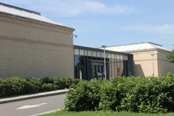 Currier Museum of Art at 150 Ash Street