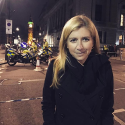 Photo of Sara Eisen in London​ after a terror attack [18]​