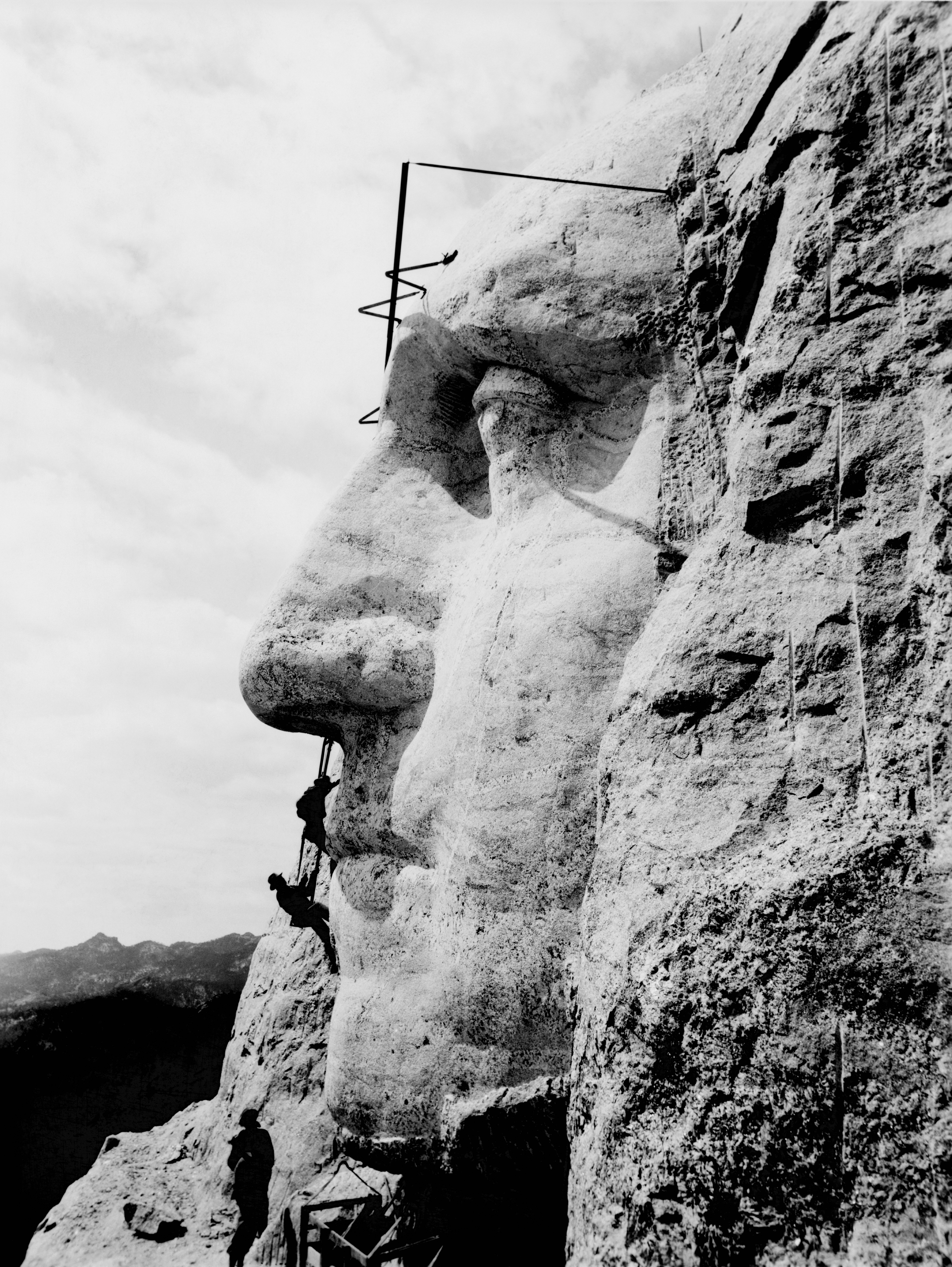 George Washington's likeness under construction on Mount Rushmore