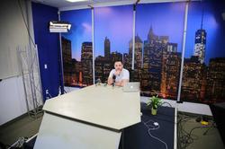 Rob on the set of LNB Tv