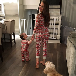 Vanessa Grimaldi in amountieonesie; source:Instagram(January 15, 2017)