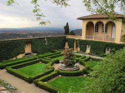 Villa Le Balze                                in Fiesole, Italy hosts interdisciplinary studies.