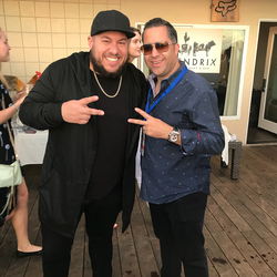 Antik Bose with Bravo's Top Chef Amar Santana at CASA of Orange County's Sip & Shuck 2017 event at The Deck on Laguna Beach