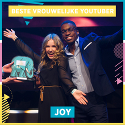 "Joy wins VEED's ""Best Female YouTuber"" award in the Netherlands (2017)"