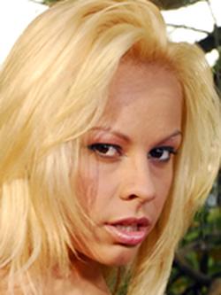 Melissa Pitanga Nude Photos 33