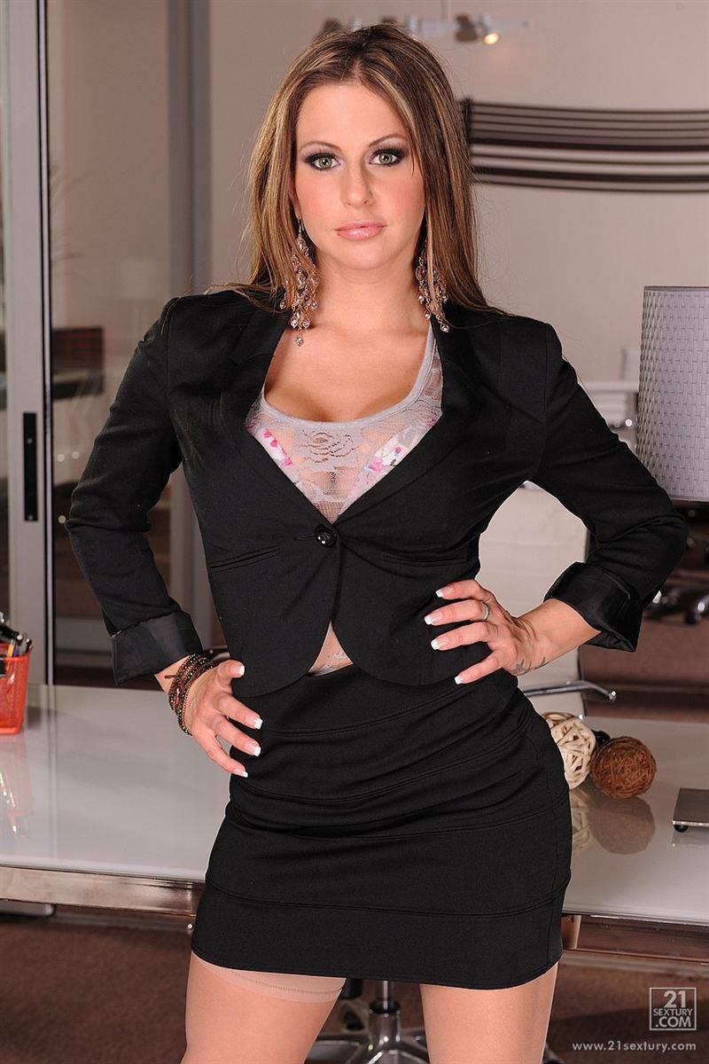 Rachel Roxxx  Wiki  Bio  Everipedia-6327
