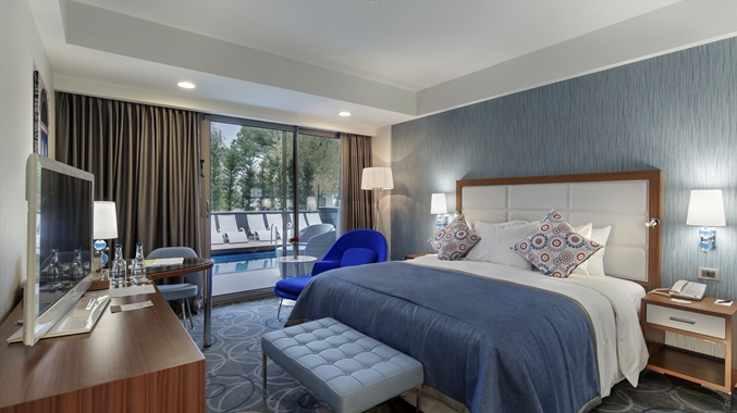 King Deluxe room with sun deck