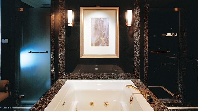Presidential Suite Bath Room