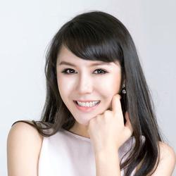 Host Coca Xie