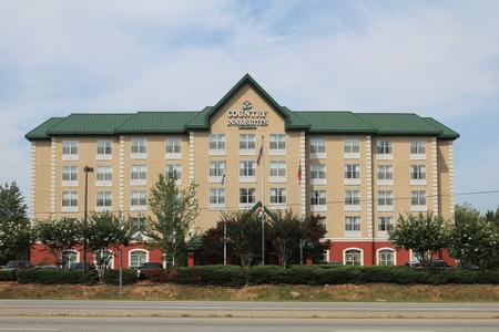 Welcoming Hotel near Atlanta Six Flags, GA