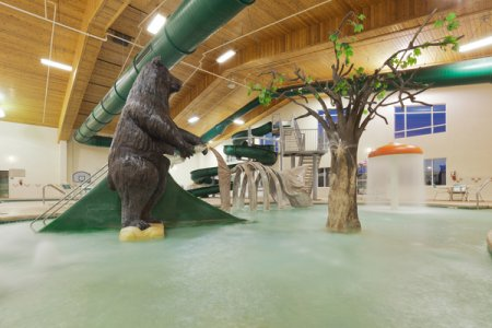 Country Inn & Suites, Prairie du Chien Hotel with an Indoor Water Park