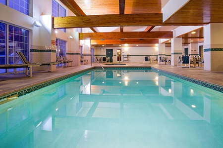 Indoor Swimming Pool at Country Inn & Suites Rochester, MN