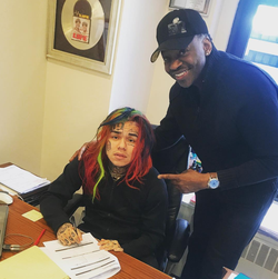 "Photo of Teka$hi69 allegedly signing a contract for $7.5 Million, and says ""Life is good"". [2]​"