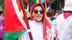 Holding the Jordanian flag
