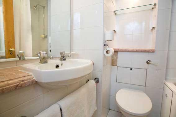 London Farringdon - Single bathroom