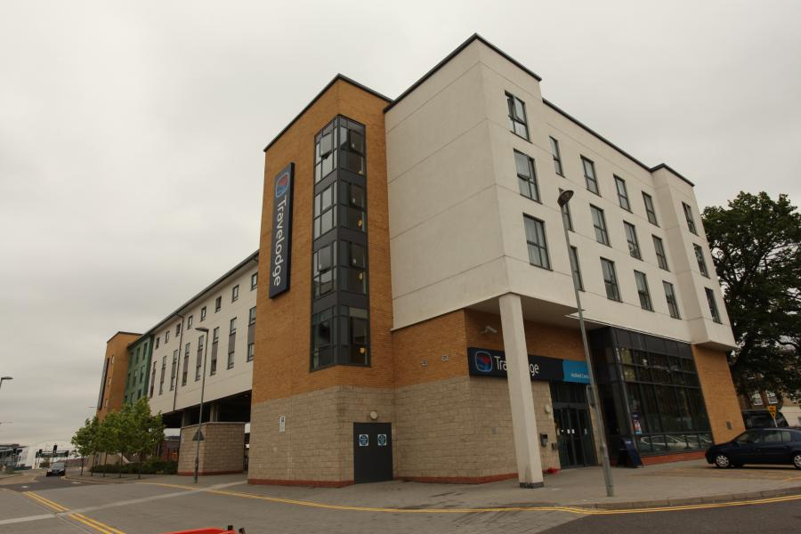 Hatfield Central - Hotel exterior