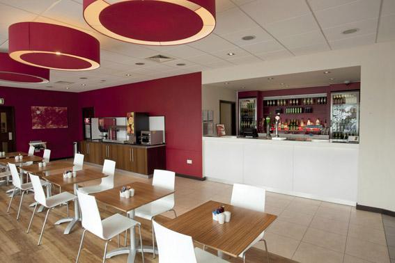 Borehamwood - Bar Cafe