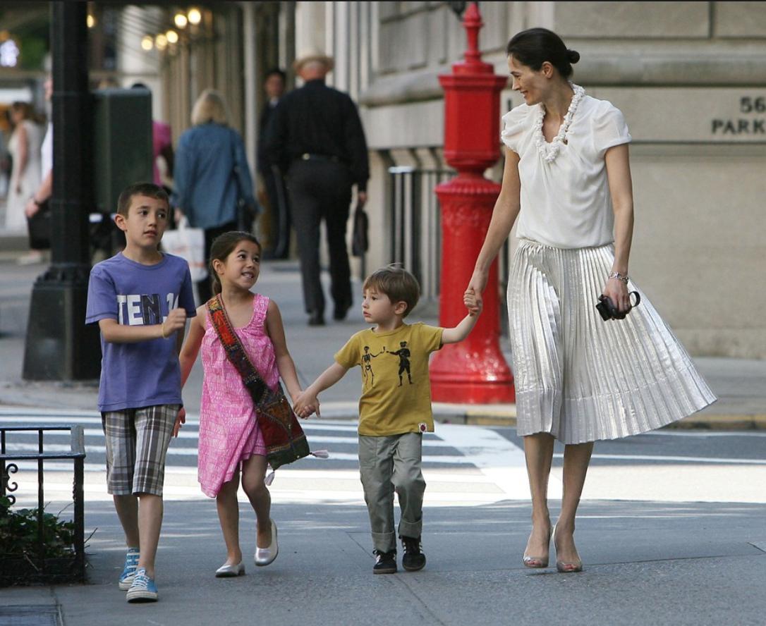 Annette Roque with her children.