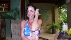 Photo of Sara Carter in abikini
