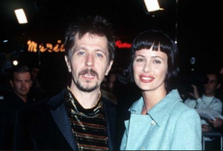 Donya Fiorentino with Gary Oldman​ back when they were married.