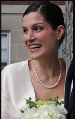 Photo of Jennifer Willoughby from her wedding.