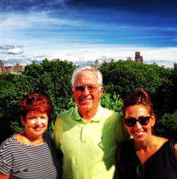 Lauren Simonetti ​at                               Central Park                              ​ with her parents, ​Janet and Raymond Simonetti.