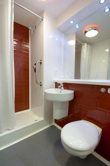 London Whetstone - Double bathroom