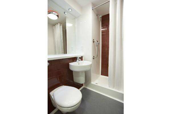 London Sidcup - Shower