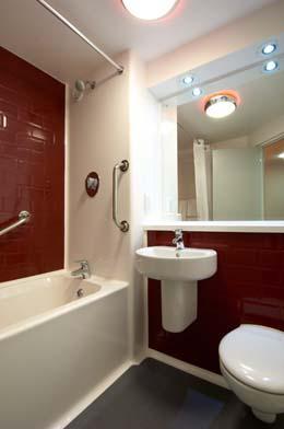 London Enfield - Family bathroom