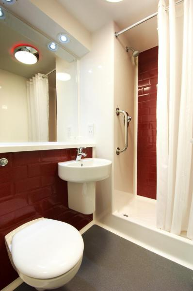Hartlepool Marina - Double bathroom