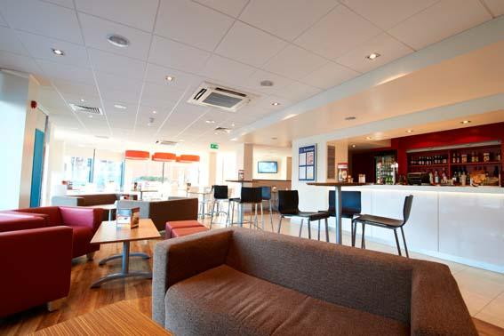 London Hounslow - Bar Cafe