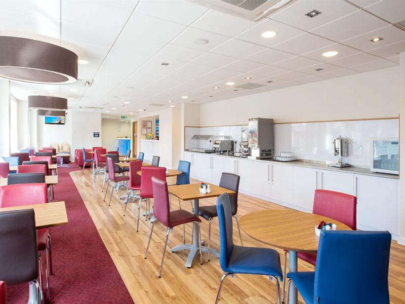 Southampton West Quay - Bar Cafe
