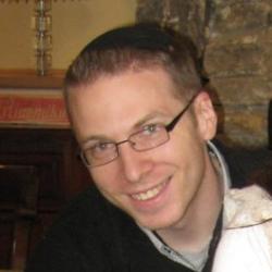 Head shot of Alex VanNess