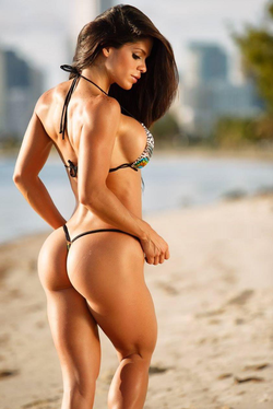 Michelle on the beach[17]