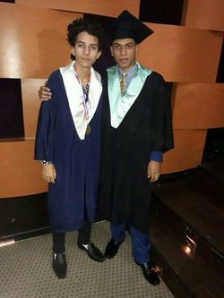 Emil Cerda with a colleague from the Electronic area at his graduation.