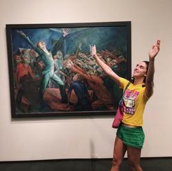 Jamie Loftus at a museum.