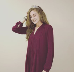 Photo of Lauren Emily Pearson wearing a tiara [6]​