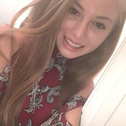 Selfie of Lauren Emily Pearson[5]