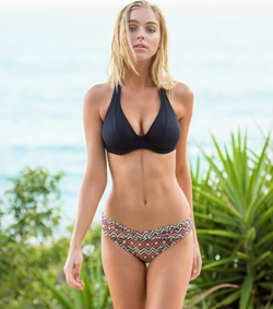Photo of Elizabeth Turner [5]​