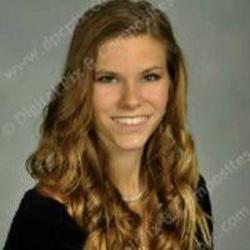 Elizabeth Flint'sLinkedIn profile picture