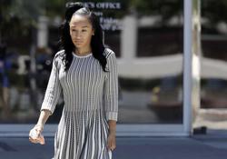 Photo of Elissa Ennis leaving court[11]