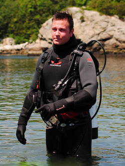 Cold-water SCUBA training during inaugural class of commercial astronaut spaceflight training