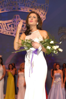 Morgan Ortagus competing in a beauty pageant